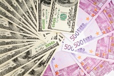 bigstock-Two-leading-hard-currencies-resized